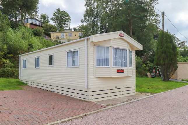 3 bed mobile/park home for sale in Auchengower Park, Cove, Helensburgh G84