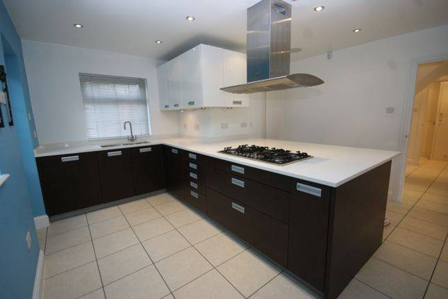 Thumbnail Detached house to rent in Latimer Gardens, Pinner, Middlesex