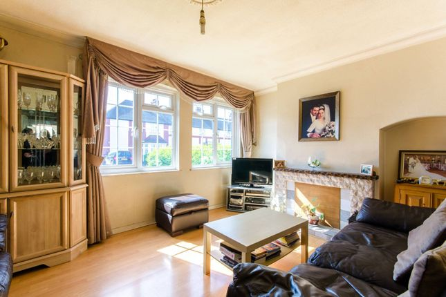 Thumbnail Property for sale in Cavell Road, Tottenham