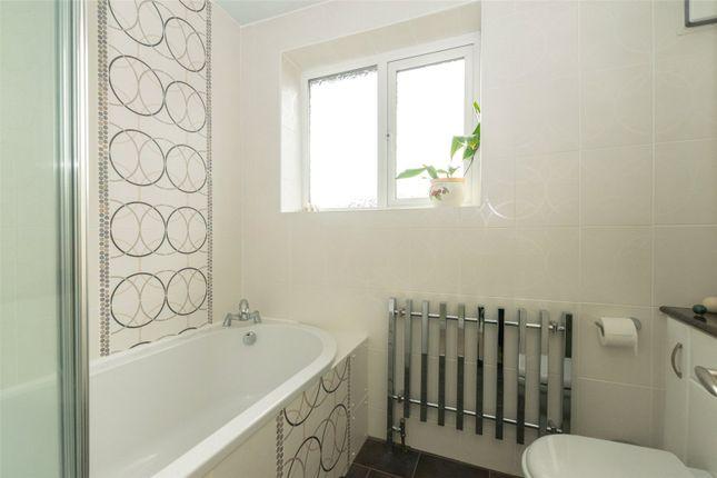 Bathroom of Fearnville Mount, Leeds LS8