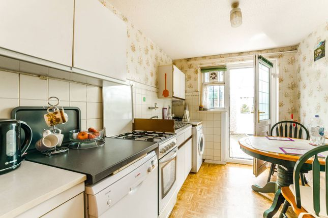 Thumbnail Bungalow for sale in Boyce Way, Plaistow