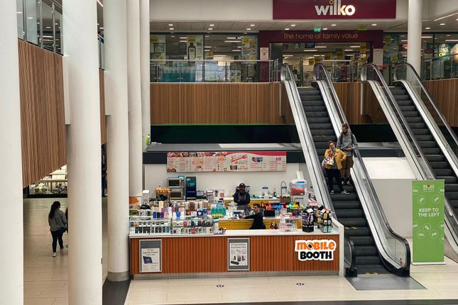 Commercial property for sale in Broad Street Mall, Reading, Berkshire