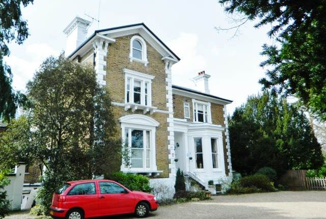 Thumbnail Flat to rent in Palace Road, East Molesey, Surrey