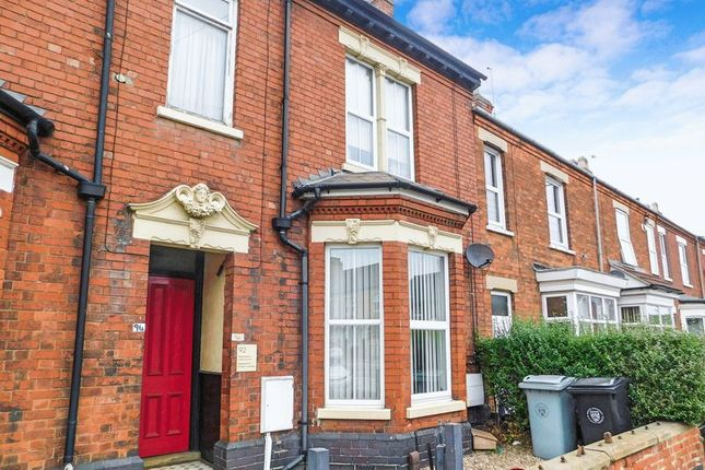 Thumbnail Flat to rent in Harlaxton Road, Grantham