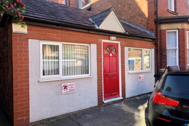 Thumbnail Studio to rent in Hulme Street, Southport