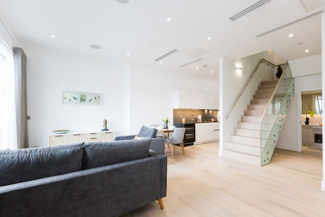 Thumbnail Flat to rent in Riverside Central, Fulham