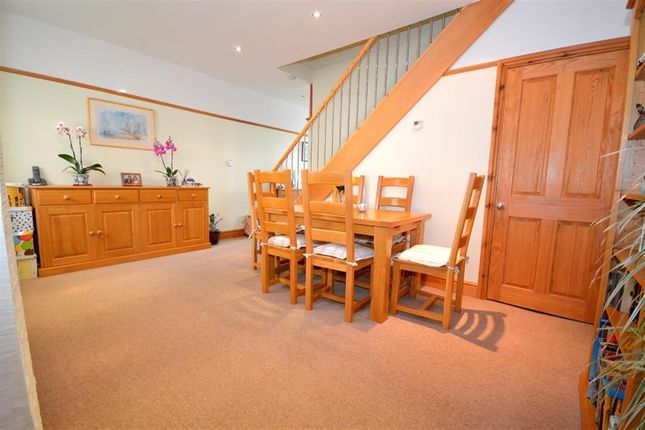 Thumbnail Property to rent in Carlton Road, Eastbourne
