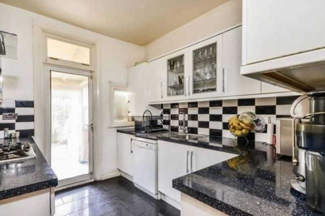 Thumbnail Terraced house to rent in Sandfield Road, Thornton Heath