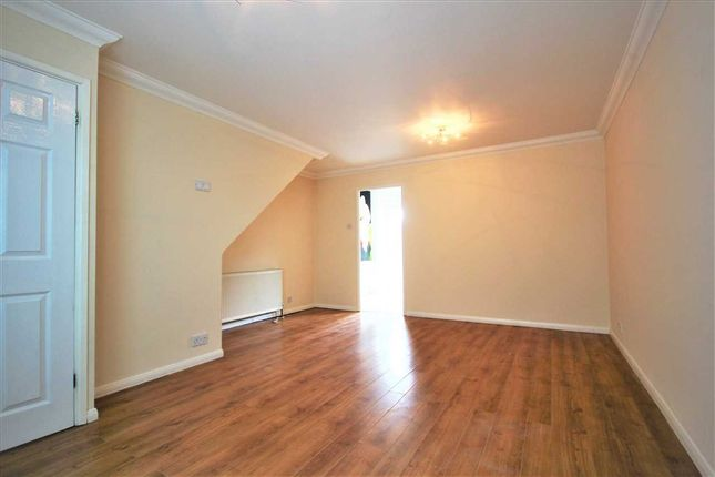 Thumbnail Property to rent in Pelham Close, Peacehaven