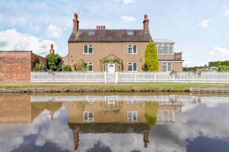 Thumbnail Detached house for sale in Tuttle Hill, Nuneaton