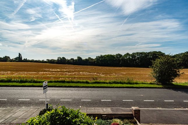 Bedroom View of Alverley Lane, Doncaster, South Yorkshire DN4