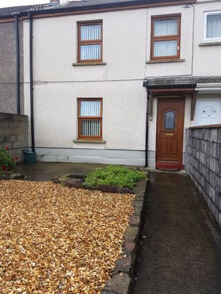 Thumbnail Terraced house to rent in Gwendraeth Town, Kidwelly