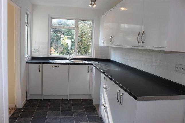 Thumbnail Barn conversion to rent in Warlingham Road, Thornton Heath