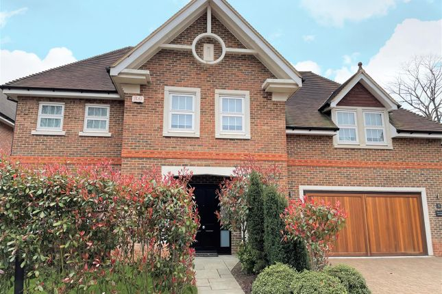 Thumbnail Detached house for sale in Grange Close, Chipstead, Coulsdon