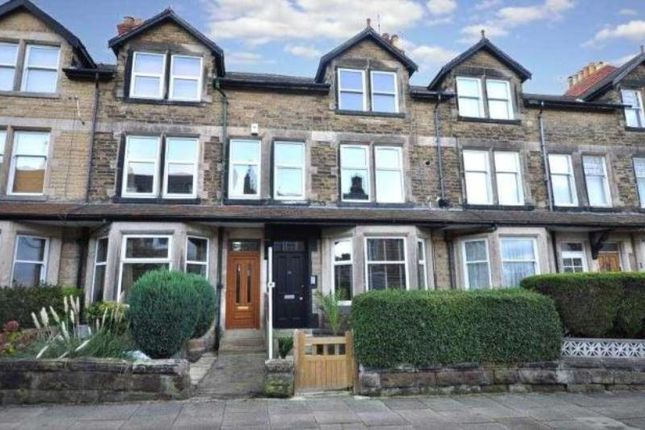 Thumbnail Flat to rent in Dragon Avenue, Harrogate, North Yorkshire