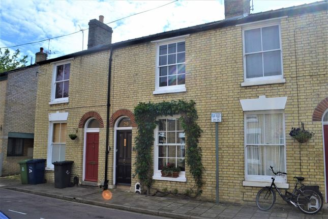 Thumbnail Terraced house for sale in Perowne Street, Cambridge