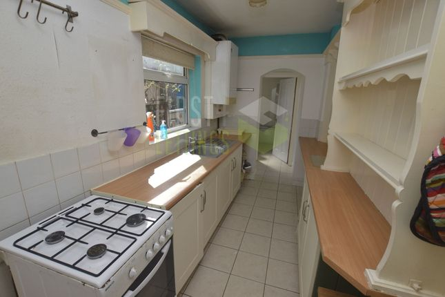 Kitchen of Mantle Road, Leicester LE3