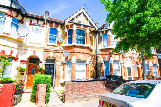 Thumbnail Flat to rent in Colchester Road, London