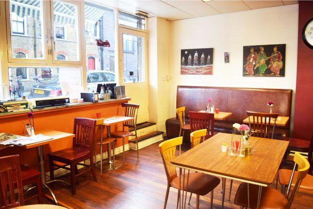 Restaurant/cafe to let in Greys Inn Road, London