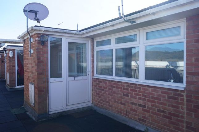 Thumbnail Flat for sale in Insley Gardens, Hucclecote, Gloucester