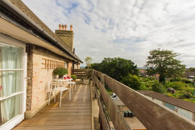 Thumbnail Flat for sale in 80 Belvedere Road, London