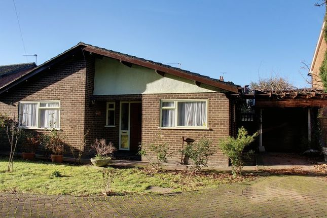 Thumbnail Bungalow for sale in Rowantree Road, Enfield