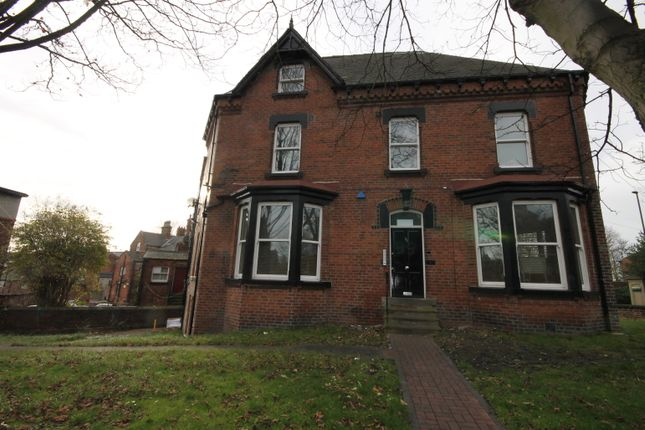 Shared accommodation to rent in Hyde Terrace, Leeds