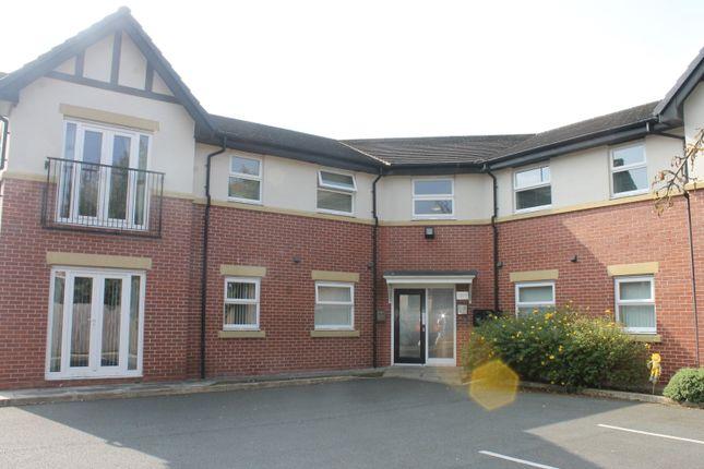 Thumbnail Flat to rent in Wigan Road, Ashton-In-Makerfield, Wigan