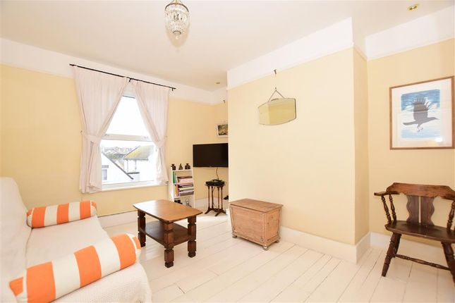 1 bed flat for sale in st michaels street folkestone kent ct20 lounge of st michaels street folkestone kent ct20 solutioingenieria Images