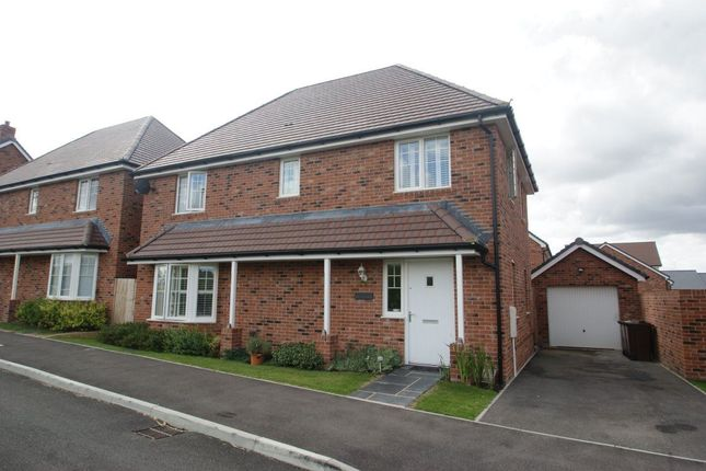 Thumbnail Room to rent in Tapestry Road, Andover