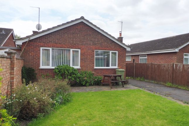 Thumbnail Detached bungalow for sale in Elm Grove, Woburn Sands, Milton Keynes