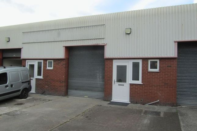 Thumbnail Commercial property to let in Greenfield Farm Industrial Estate, Congleton