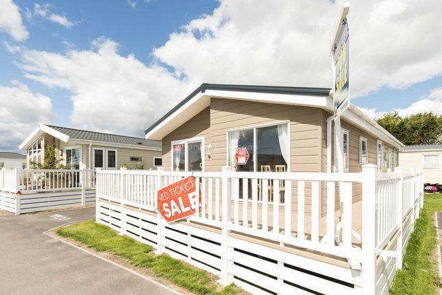 Thumbnail Lodge for sale in Rye Harbour Road, Rye Harbour, Rye