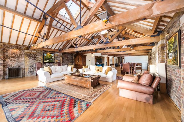 Thumbnail Flat for sale in Execution Dock House, 80 Wapping High Street, London