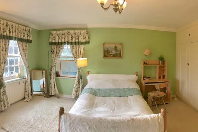 Thumbnail Flat to rent in Iver Heath, Buckinghamshire