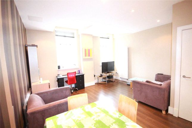 1 bed flat to rent in Bernhard Baron House, Henriques Street, Aldgate, London E1