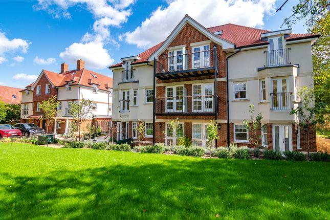 Thumbnail Flat for sale in Wilshire Grove, Wokingham, Berkshire