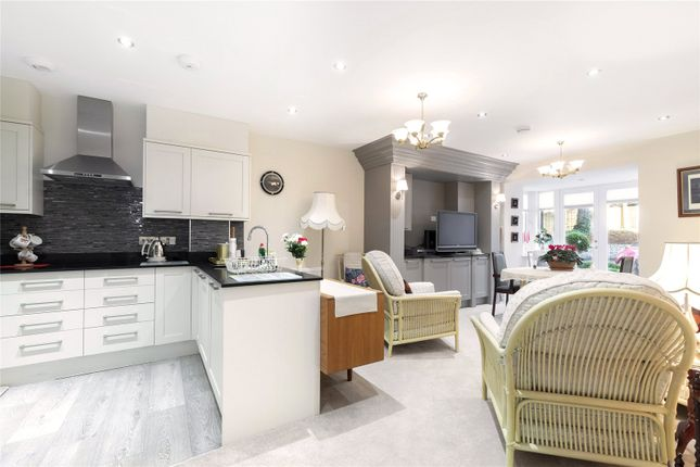 1 bed flat for sale in Stratton Place, Stratton, Cirencester GL7