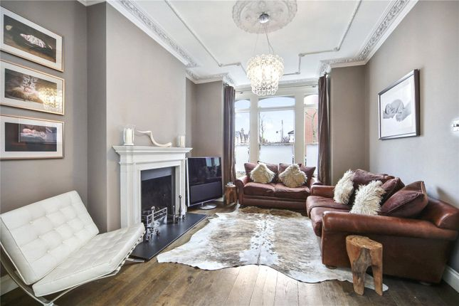 Thumbnail Detached house to rent in Fergus Road, Highbury