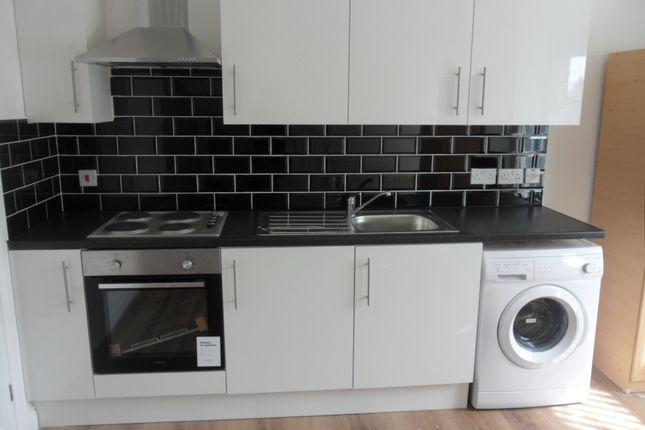 Thumbnail Flat to rent in Walsgrave Road, Stoke