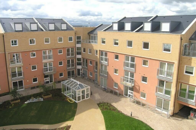 Thumbnail Flat to rent in Wooldridge Close, Greater London
