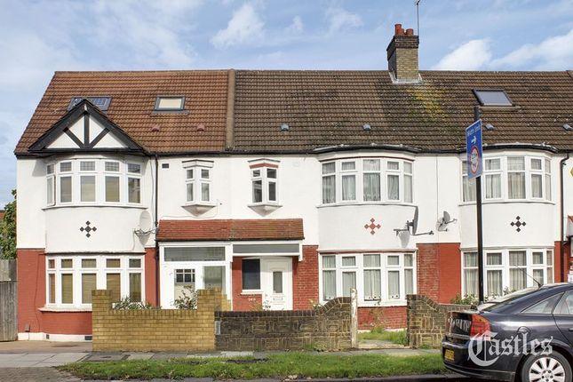 Photo 1 of Hedge Lane, London N13
