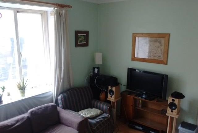 Thumbnail Flat to rent in Causewayside, Newington, Edinburgh