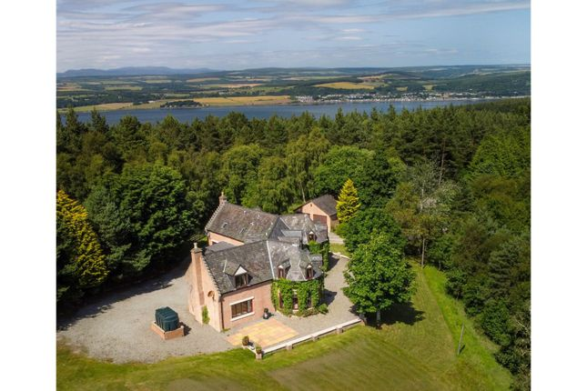 Thumbnail Detached house for sale in Leachkin, Inverness