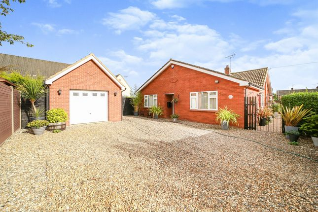 3 bed detached bungalow for sale in Magdalen Street, Thetford IP24