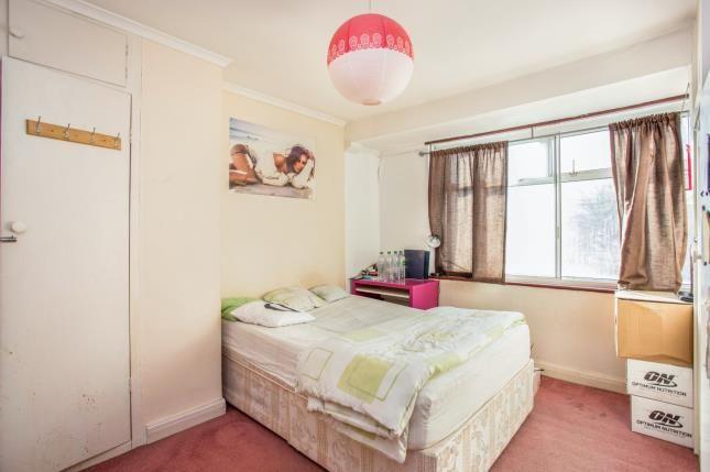Bedroom 1 of Eskdale Avenue, Northolt UB5