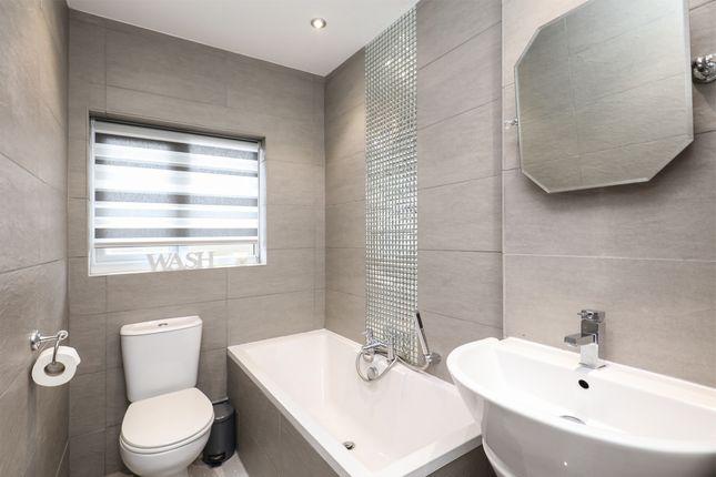 Bathroom of Ballifield Rise, Sheffield S13