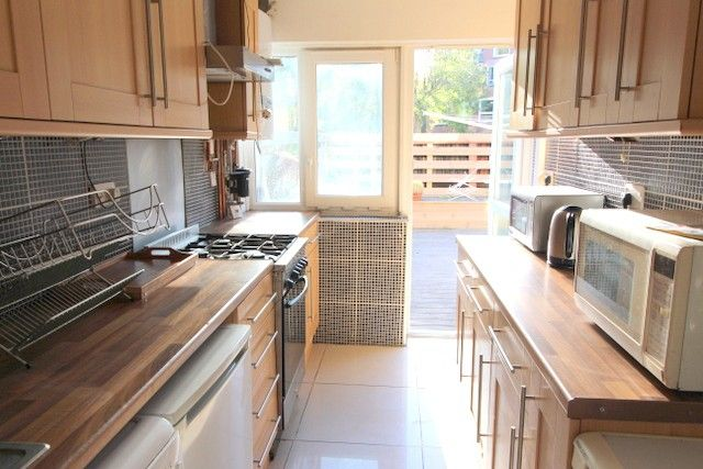 Thumbnail Maisonette to rent in Prioress Street, Borough, London