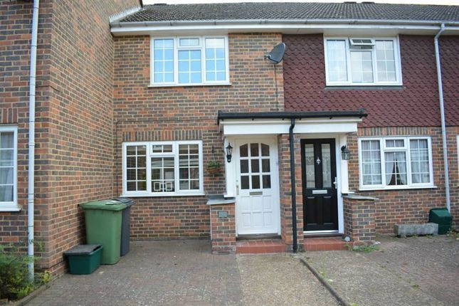 2 bed terraced house to rent in Stevens Close, Epsom