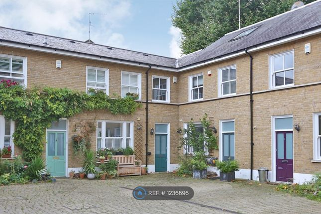 3 bed terraced house to rent in Allport Mews, London E1